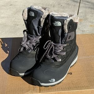 NORTH FACE Chilkat 400 Womens Winter Boots